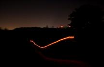Spacer w ciemnościach
